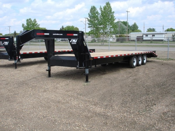Heavy Duty Gooseneck Triple Axle Trailers | SWS Truck Bodies